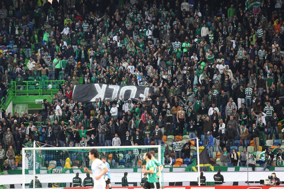 Sporting Lizbona 1-0 Legia Warszawa - fot. Piotr Galas (zdjęcie 48 z 64)