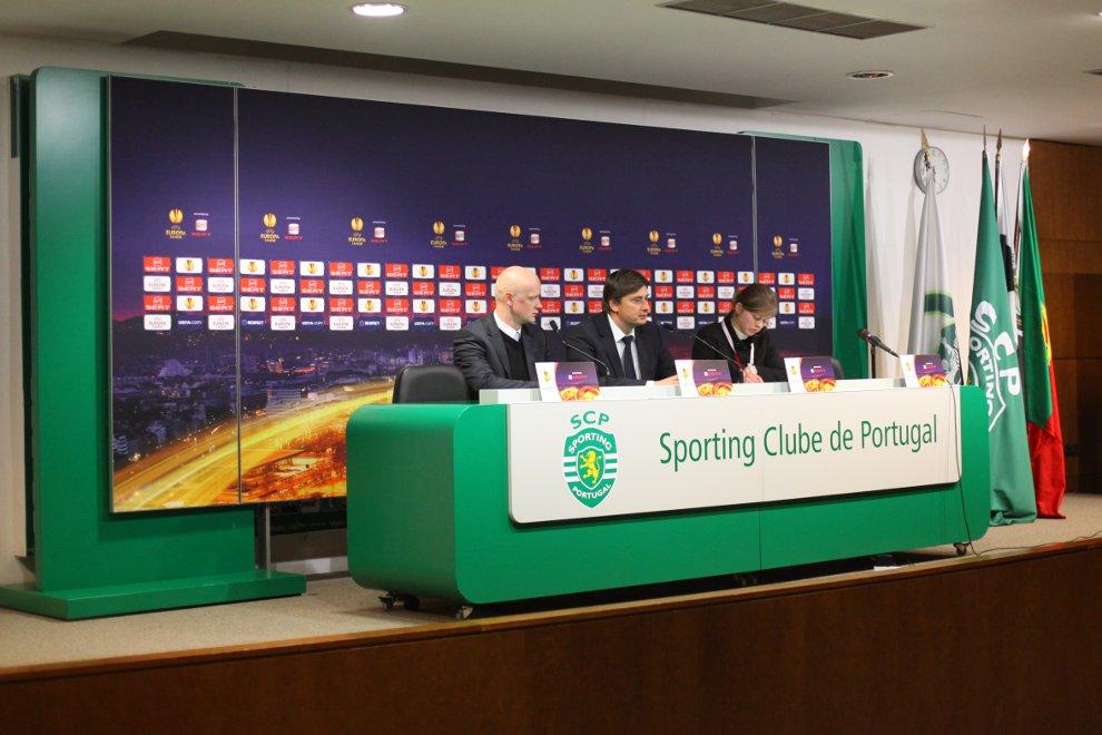 Sporting Lizbona 1-0 Legia Warszawa - fot. Piotr Galas (zdjęcie 57 z 64)