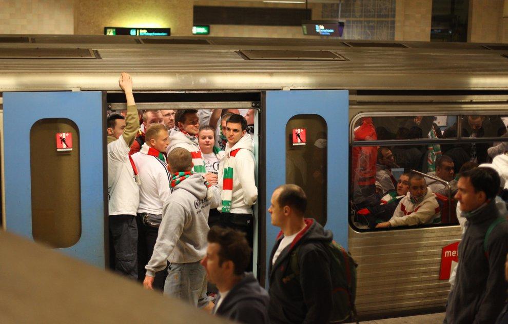 Sporting Lizbona 1-0 Legia Warszawa - fot. Piotr Galas (zdjęcie 63 z 64)
