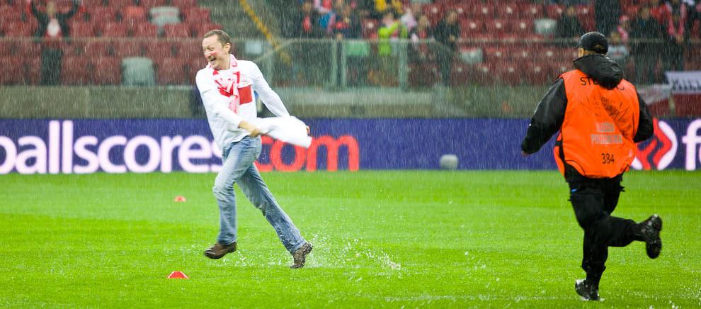 Polska - Anglia - mecz odwołany - fot. Piotr Galas (zdjęcie 13 z 30)