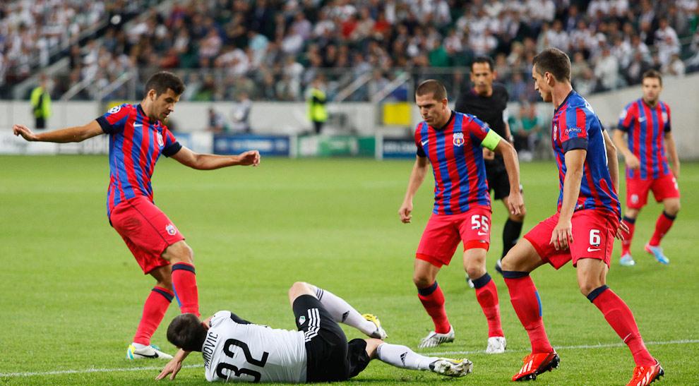 Legia Warszawa 2-2 Steaua Bukareszt - fot. Piotr Galas / Wiadomosci24.pl (zdjęcie 10 z 87)