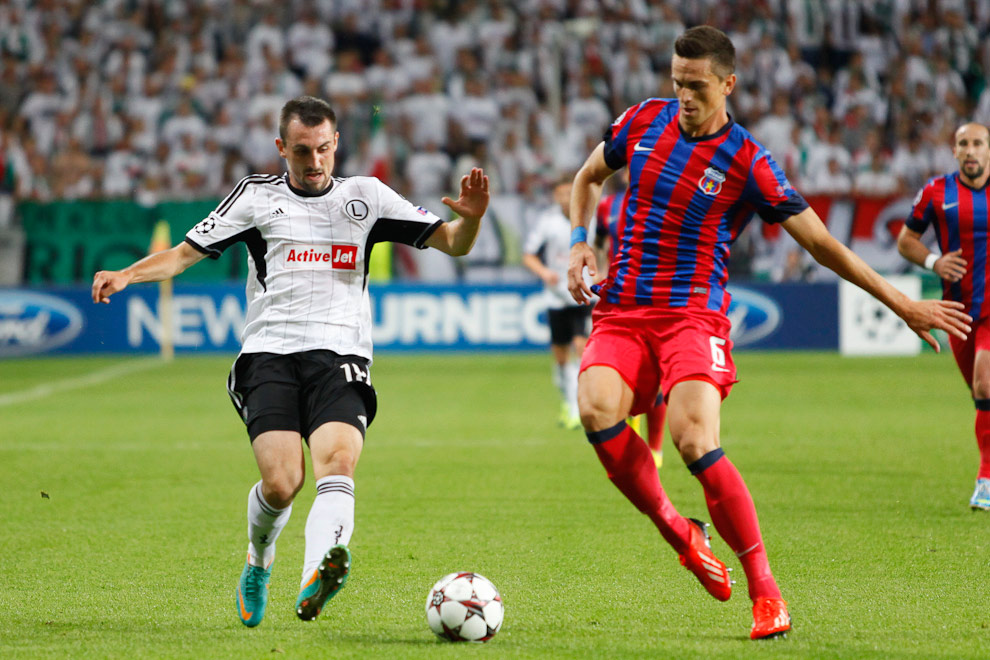 Legia Warszawa 2-2 Steaua Bukareszt - fot. Piotr Galas / Wiadomosci24.pl (zdjęcie 13 z 87)
