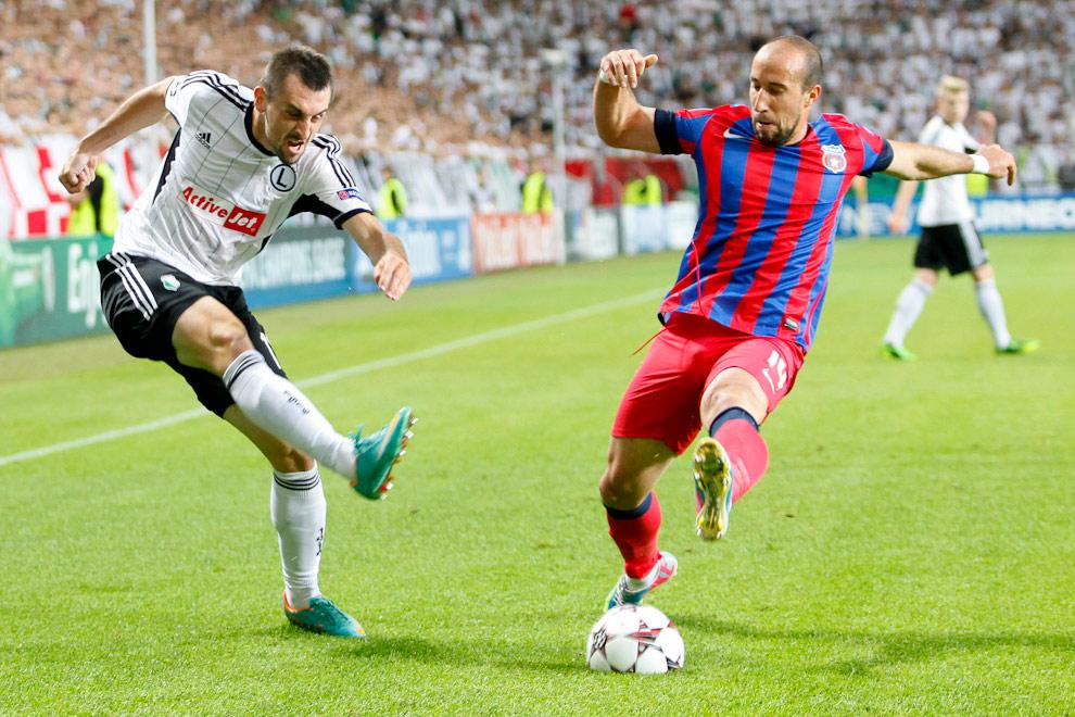Legia Warszawa 2-2 Steaua Bukareszt - fot. Piotr Galas / Wiadomosci24.pl (zdjęcie 15 z 87)