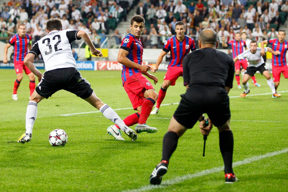 Legia Warszawa 2-2 Steaua Bukareszt - fot. Piotr Galas / Wiadomosci24.pl (zdjęcie 29 z 87)