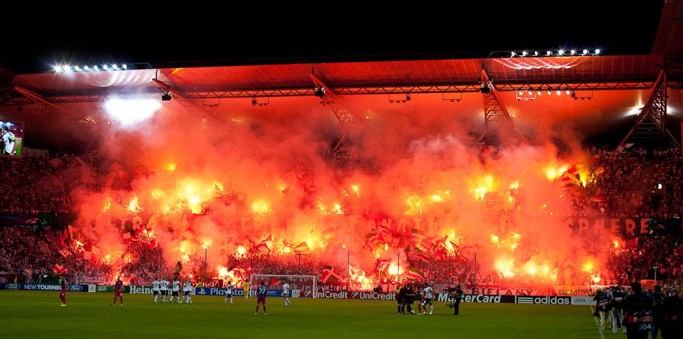 Legia Warszawa 2-2 Steaua Bukareszt - fot. Piotr Galas / Wiadomosci24.pl (zdjęcie 3 z 87)