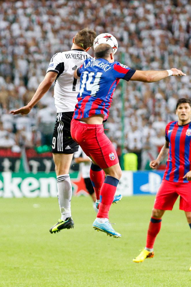 Legia Warszawa 2-2 Steaua Bukareszt - fot. Piotr Galas / Wiadomosci24.pl (zdjęcie 31 z 87)
