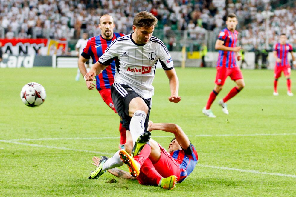 Legia Warszawa 2-2 Steaua Bukareszt - fot. Piotr Galas / Wiadomosci24.pl (zdjęcie 34 z 87)
