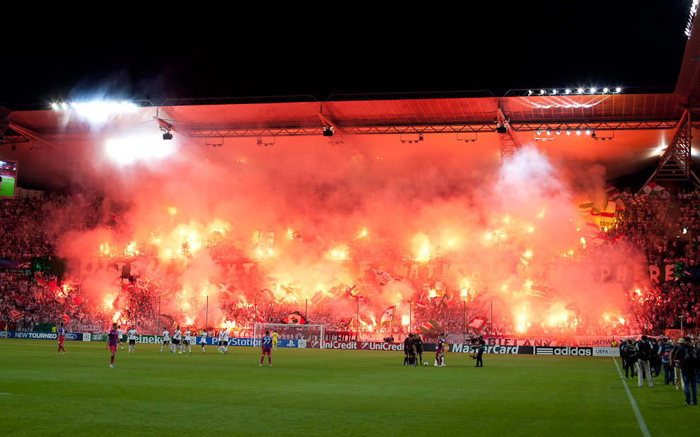 Legia Warszawa 2-2 Steaua Bukareszt - fot. Piotr Galas / Wiadomosci24.pl (zdjęcie 4 z 87)