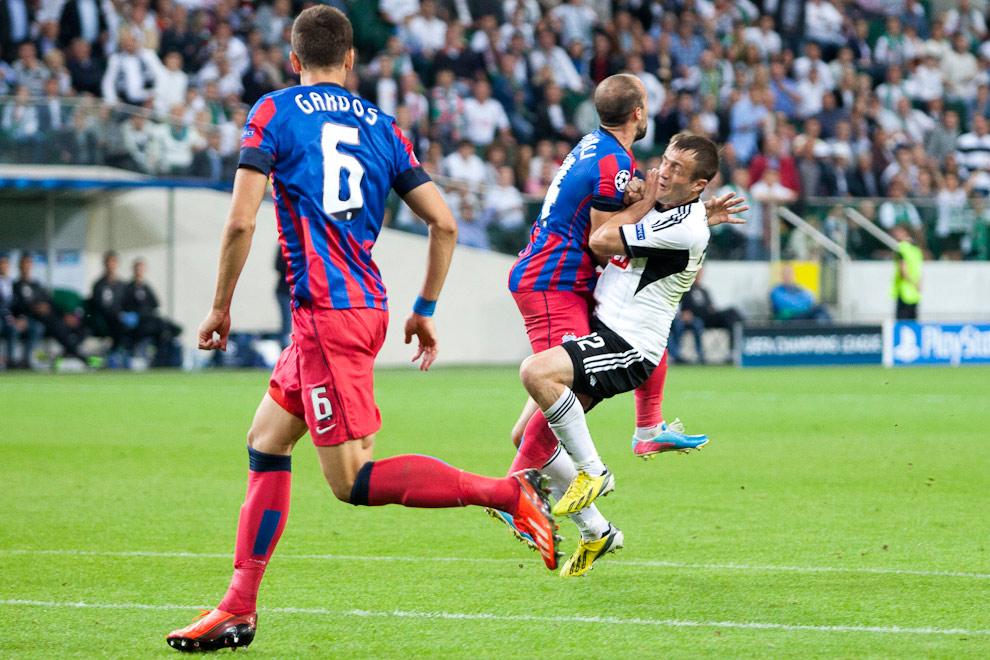 Legia Warszawa 2-2 Steaua Bukareszt - fot. Piotr Galas / Wiadomosci24.pl (zdjęcie 50 z 87)