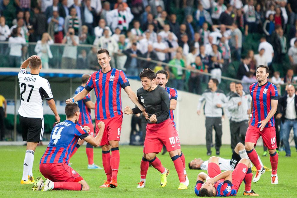 Legia Warszawa 2-2 Steaua Bukareszt - fot. Piotr Galas / Wiadomosci24.pl (zdjęcie 72 z 87)