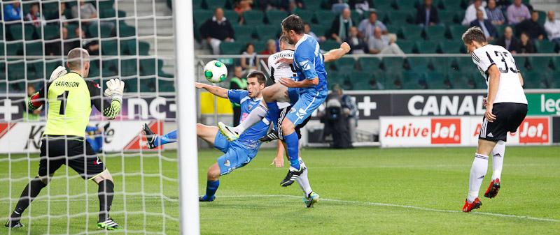 Legia Warszawa 1-0 The New Saints - fot. Piotr Galas (wiadomosci24.pl) (zdjęcie 14 z 40)