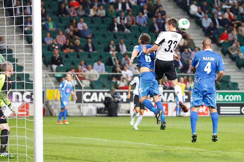 Legia Warszawa 1-0 The New Saints - fot. Piotr Galas (wiadomosci24.pl) (zdjęcie 6 z 40)