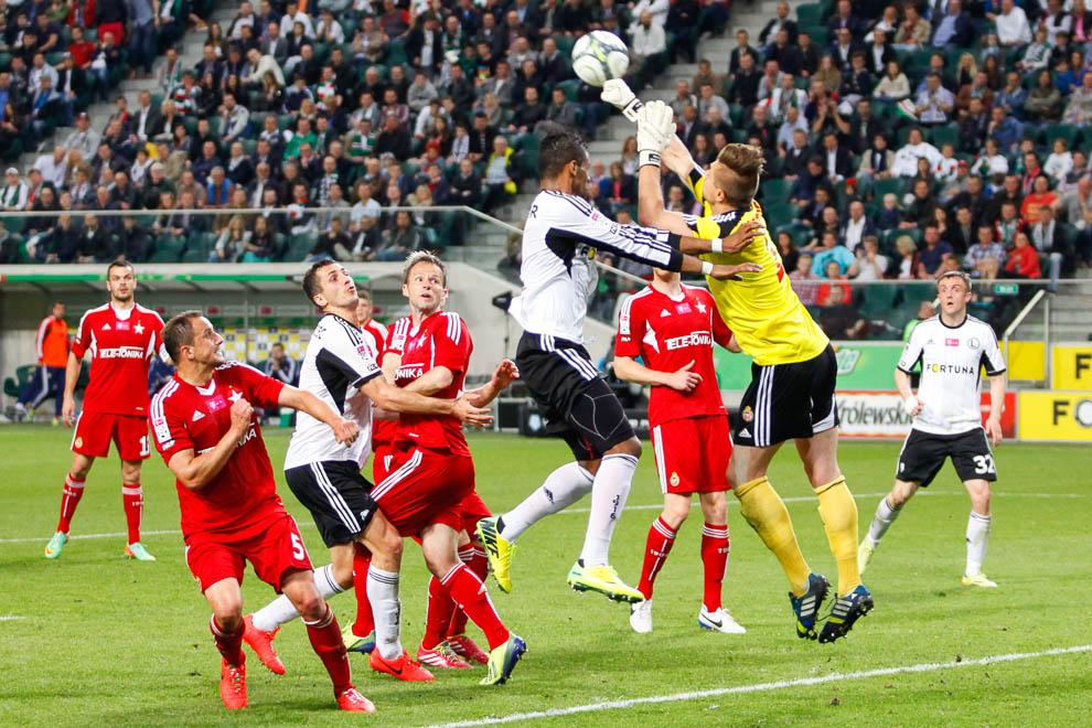 Legia Warszawa 5-0 Wisła Kraków - fot. Piotr Galas/wiadomosci24.pl (zdjęcie 16 z 51)