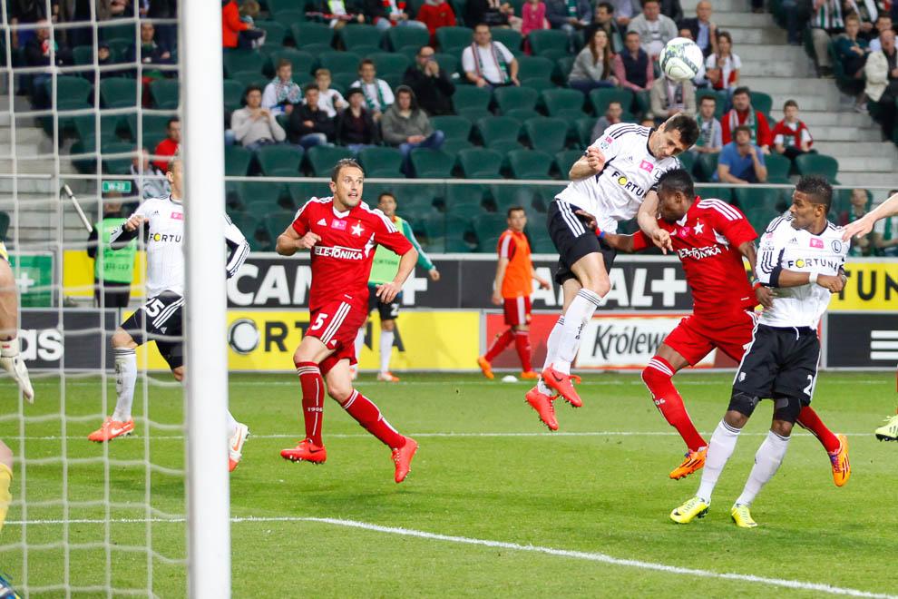 Legia Warszawa 5-0 Wisła Kraków - fot. Piotr Galas/wiadomosci24.pl (zdjęcie 23 z 51)