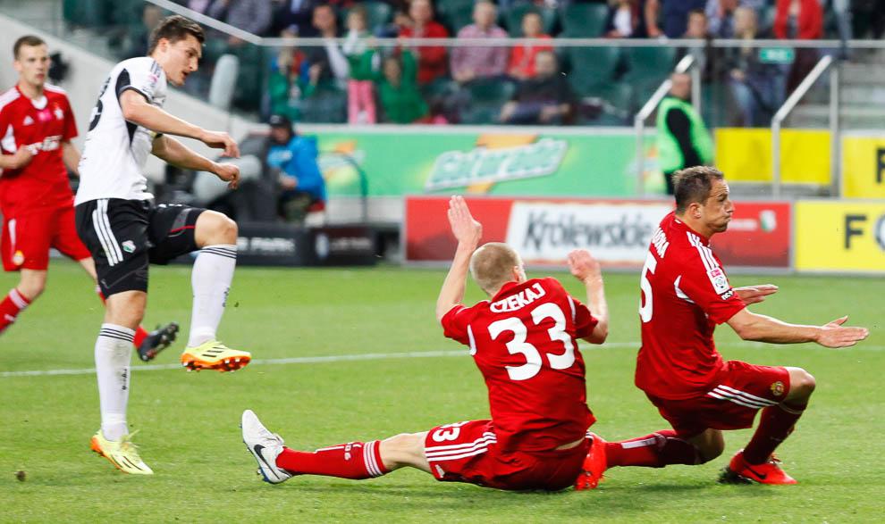 Legia Warszawa 5-0 Wisła Kraków - fot. Piotr Galas/wiadomosci24.pl (zdjęcie 9 z 51)