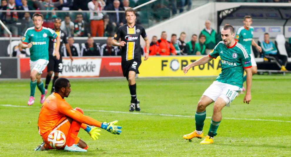 Legia Warszawa 1-0 KSC Lokeren - fot. Piotr Galas - wiadomosci24.pl (zdjęcie 50 z 57)
