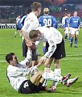 Dariusz Dudek strzelił gola i wywalczył rzut karny, mimo to Legia przegrała - fot. Woytek