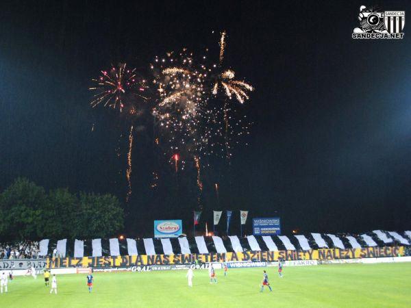 96c22fecc Na stadionach: Lechiści - Tusk, nigdy nie będziesz kibicem Lechii ...