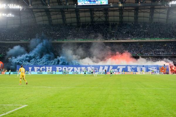 Lechici na meczu z Legią w marcu 2015 roku - fot. Mishka / Legionisci.com