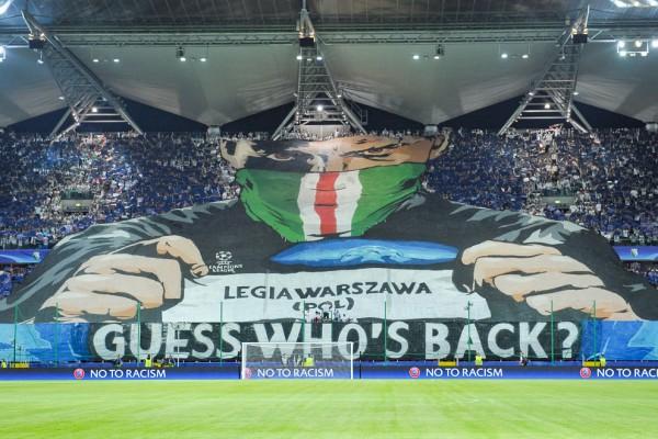 Oprawa na meczu z BVB we wrześniu zeszłego roku - fot. Mishka / Legionisci.com