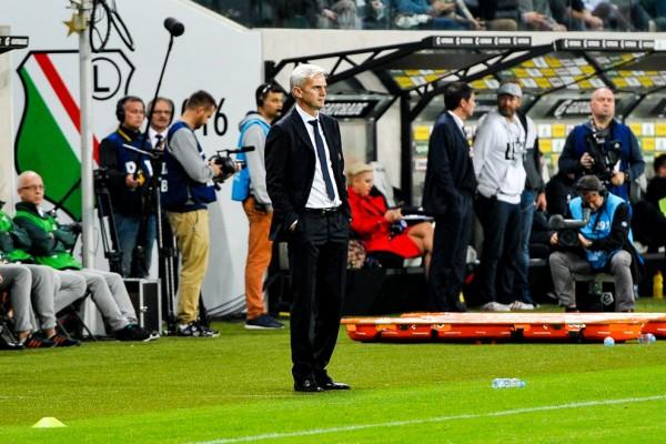 Jacek Magiera podczas meczu Legii - fot. Woytek / Legionisci.com