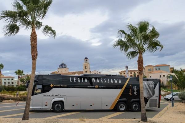 Legia dotarła do Benidormu - fot. Woytek / Legionisci.com