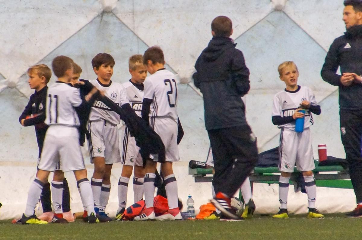 dd992a5b7 Legia: Franciszek Golański [10] - Norbert Merchel [09], Piotr Komorowski,  Maciej Chojnowski, Filip Nieckarz, Kacper Ziółkowski [09], Raul Bazler  (Kpt), ...
